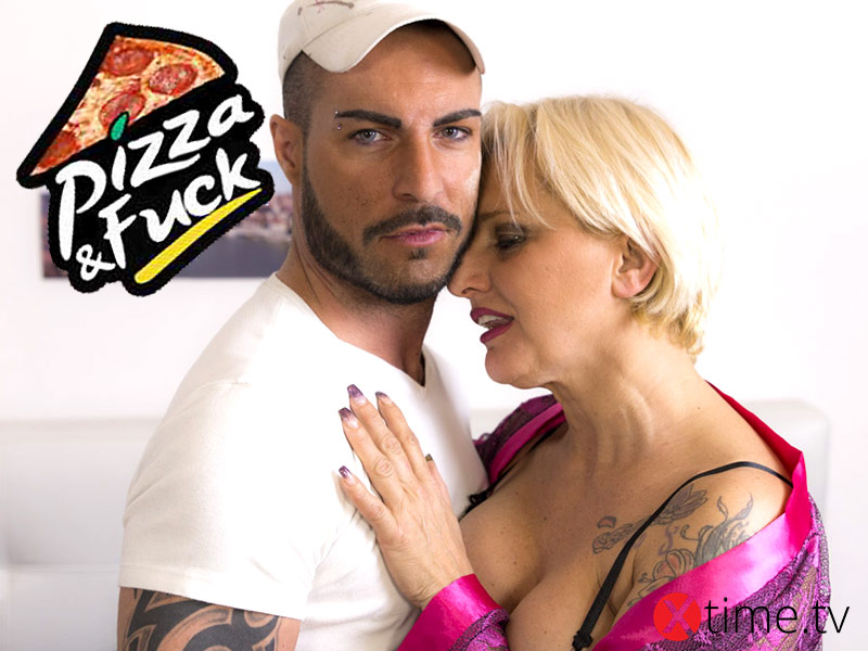 Pizza and Fuck per la Mamma
