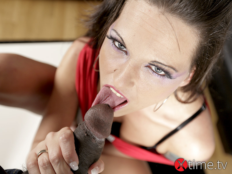 Simony Diamond VS Nathan Blake