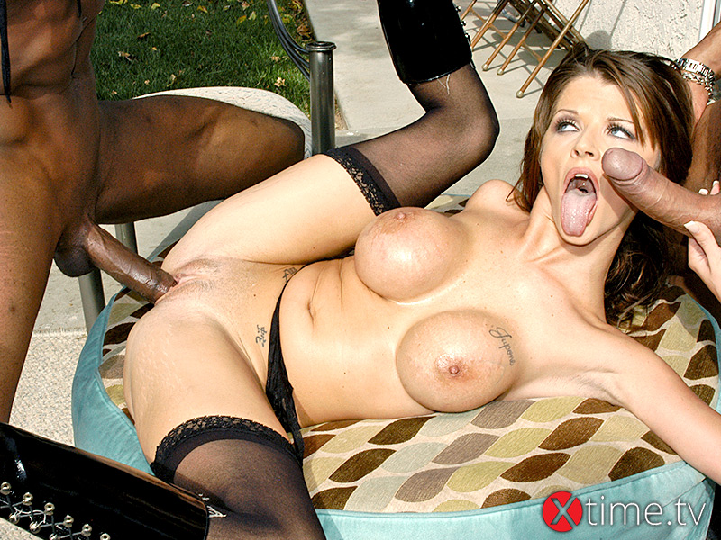 Threesome Interrazziale per Joslyn James